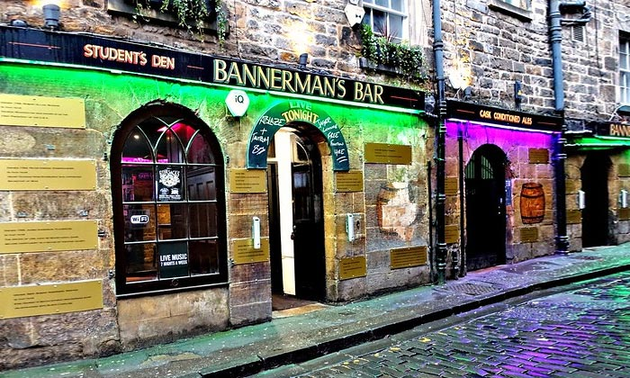 Бар Bannerman's в Эдинбурге