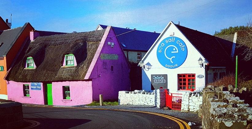 Деревня Дулин в Ирландии