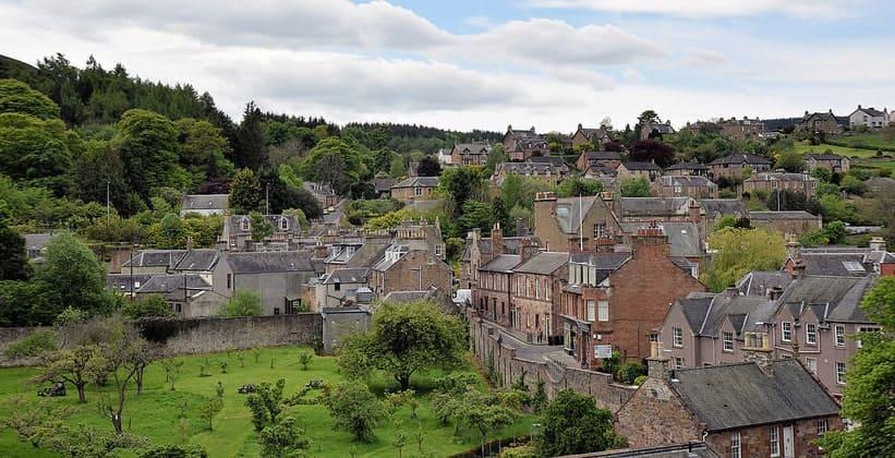 Город Мелроуз в Шотландии