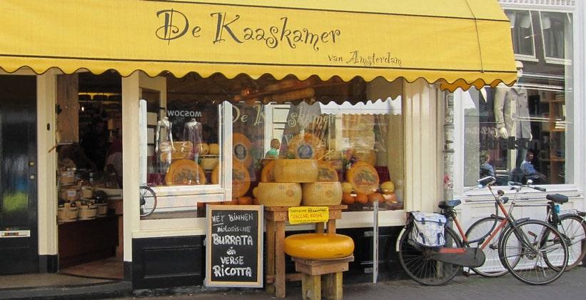 Магазин голландских сыров De Kaaskamer в Амстердаме