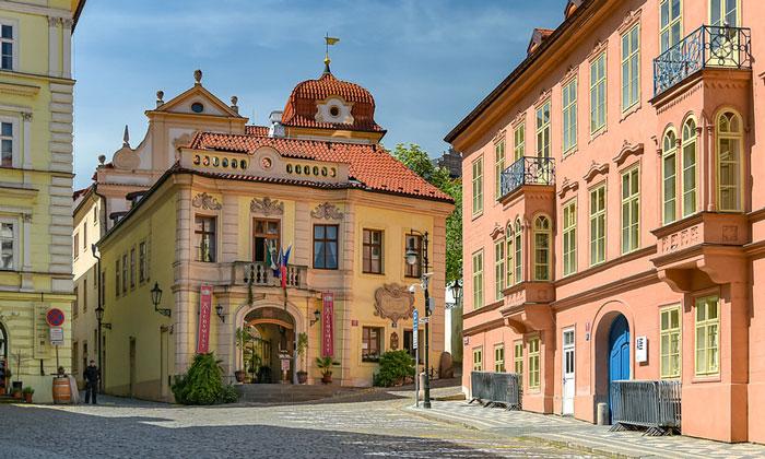 Район Мала-Страна (Прага)