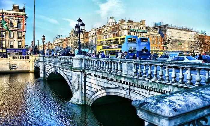 Мост О'Коннелл в Дублине