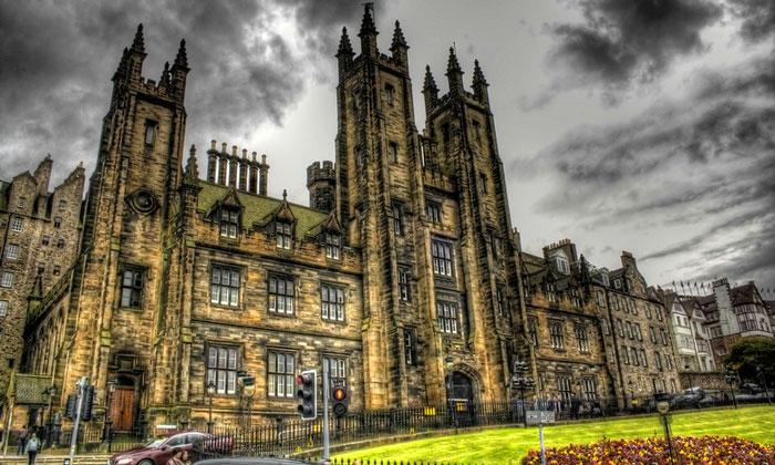 Новый колледж Эдинбургского университета