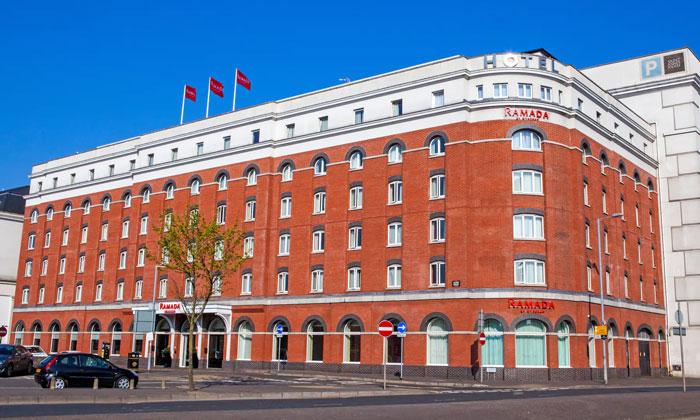 Отель «Ramada» в Белфасте