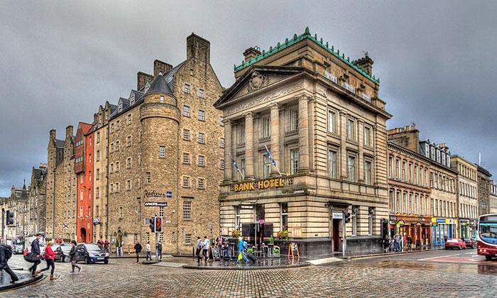 Отели Radisson Blu и Bank в Эдинбурге