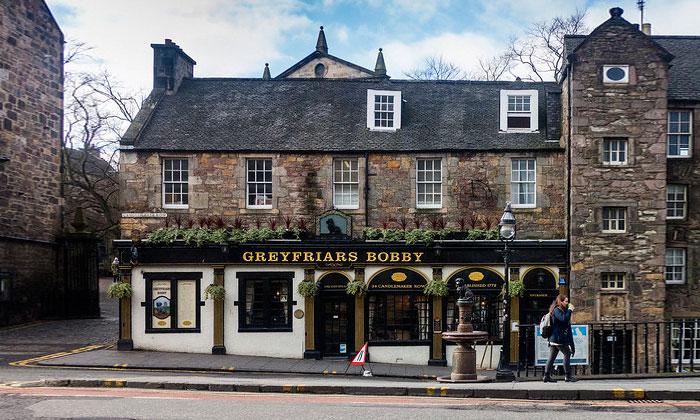 Паб Greyfriars Bobby в Эдинбурге