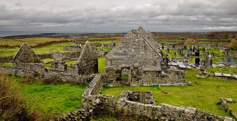 Остатки семи церквей острова Инишмор