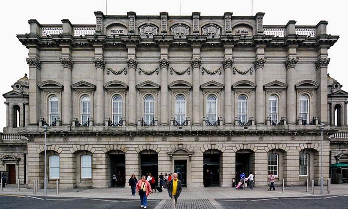 Железнодорожный вокзал Хьюстон в Дублине