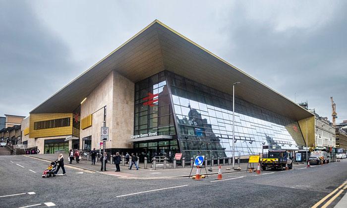 Вокзал «Queen Street» в Глазго