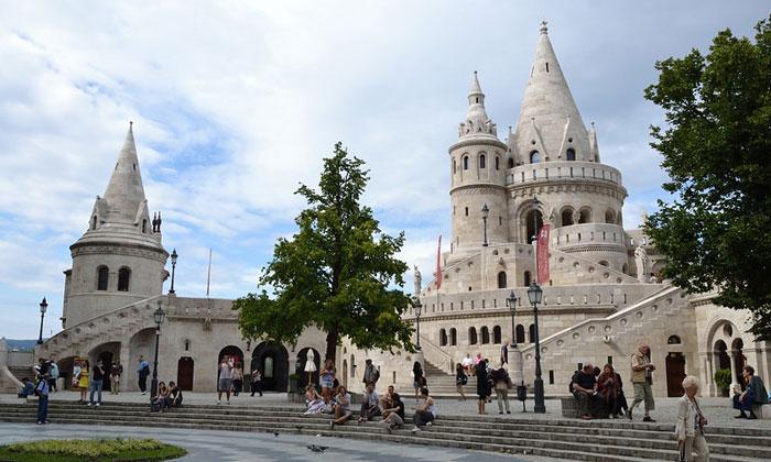 Рыбацкий бастион (Будапешт)