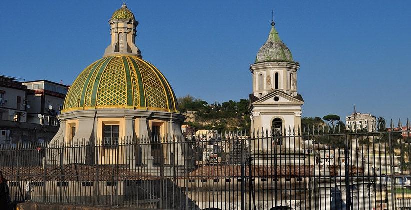 Базилика Санта-Мария-делла-Санита в Неаполе