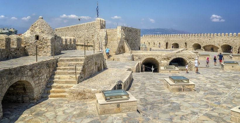 Крепость Ираклиона на острове Крит