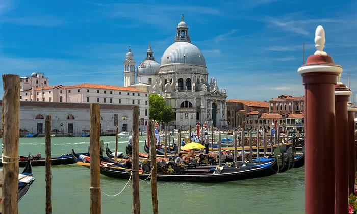 Церковь Санта-Мария делла Салюте (Венеция)