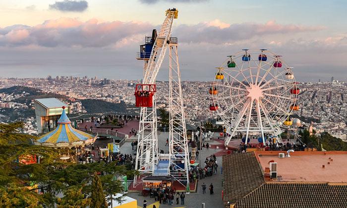 Парк развлечений «Тибидабо» в Барселоне