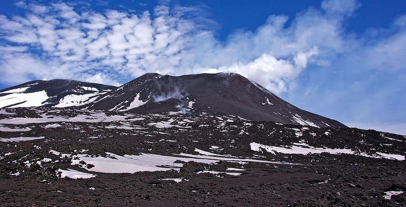 Гора (вулкан) Этна в Италии