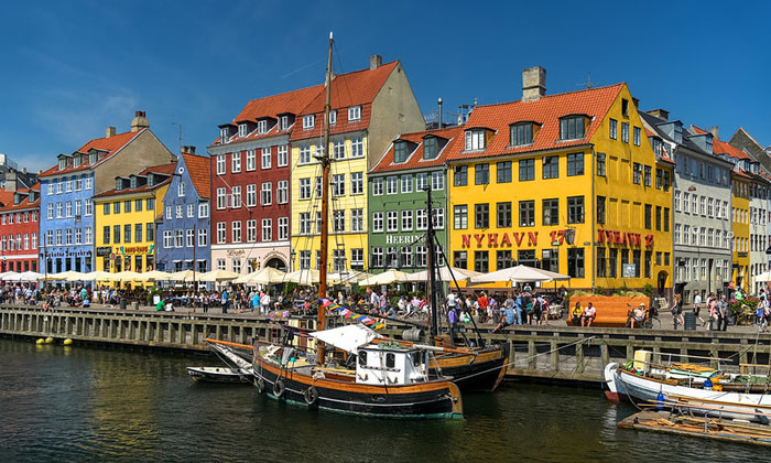 Порт (канал) Нюхавн в Копенгагене
