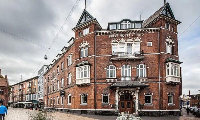 Отель First Grand в Оденсе