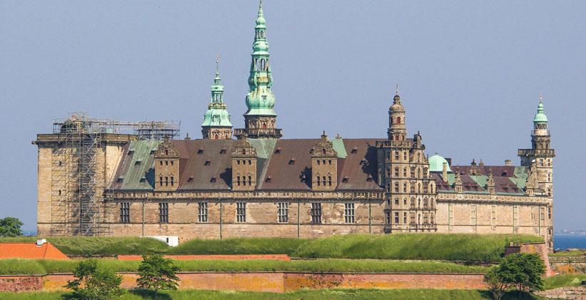Замок Кронборг в Хельсингёре
