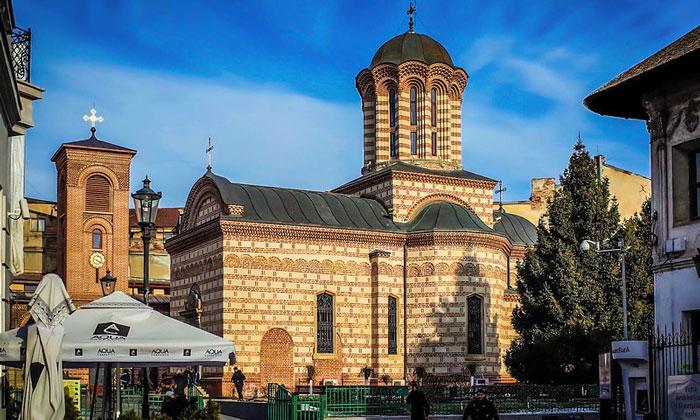 Церковь Куртя-Веке в Бухаресте