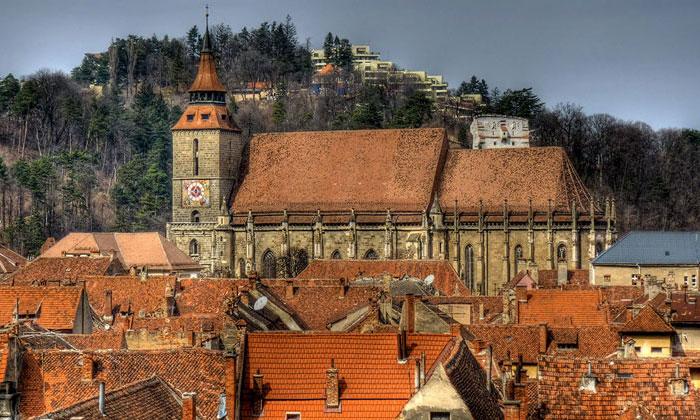 Чёрная церковь Брашова