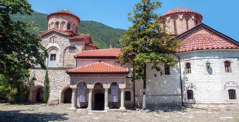 Бачковский монастырь в Болгарии