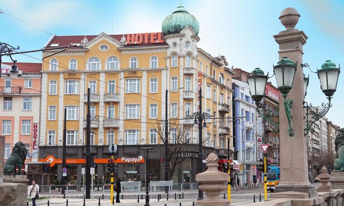 Отель Lion в Софии