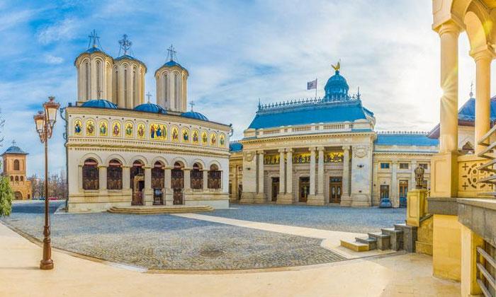 Патриархальный кафедральный собор Румынии в Бухаресте