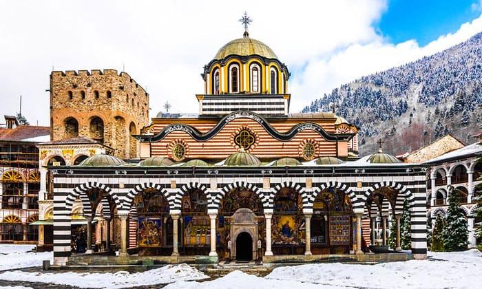 Рильский монастырь (главная церковь) в Болгарии