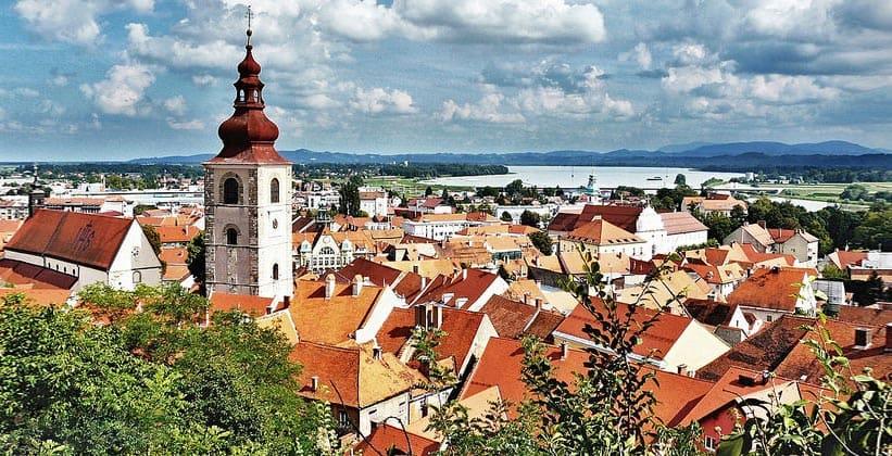 Город Птуй в Словении
