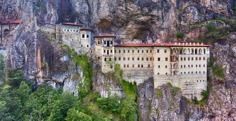 Православный монастырь Сумела в Турции