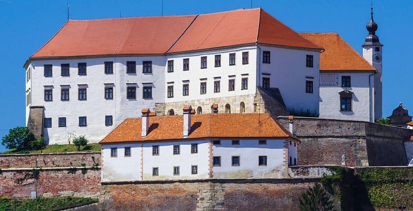 Замок Птуя