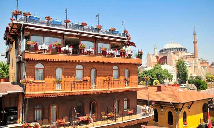 Отель «Seven Hills» в Стамбуле