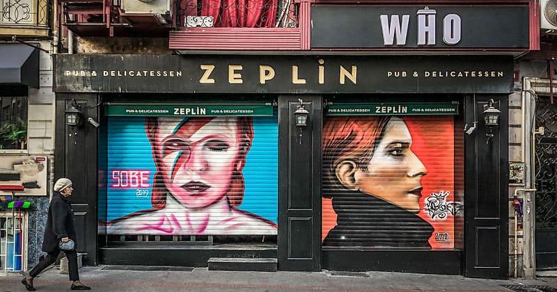 Паб Zeplin в Стамбуле