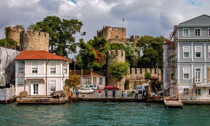 Анатолийская крепость в Стамбуле