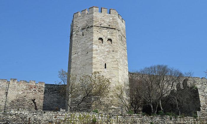 Башня Едикуле Константинополя