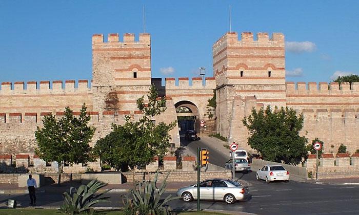 Белградские ворота Константинополя