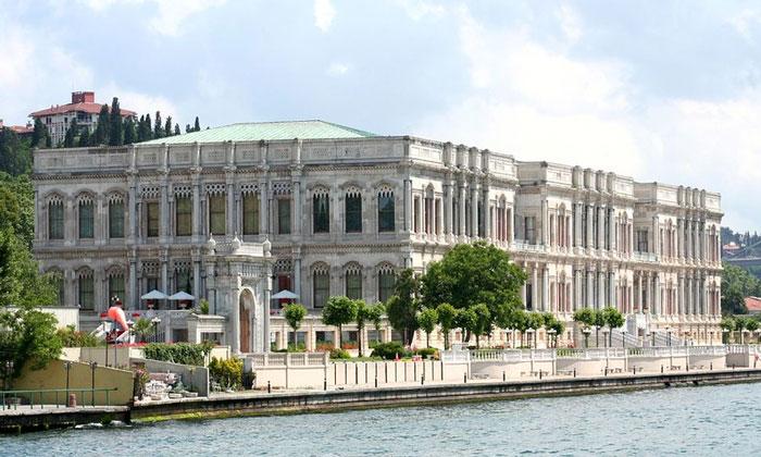 Дворец Чираган в Стамбуле