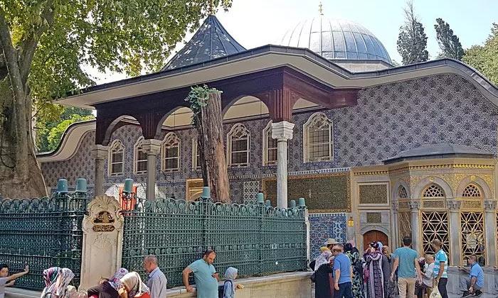Гробница Абу Айюба аль-Ансари в Стамбуле
