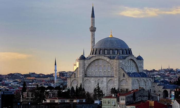 Мечеть Михримах-султан (Эдирнекапы) в Стамбуле