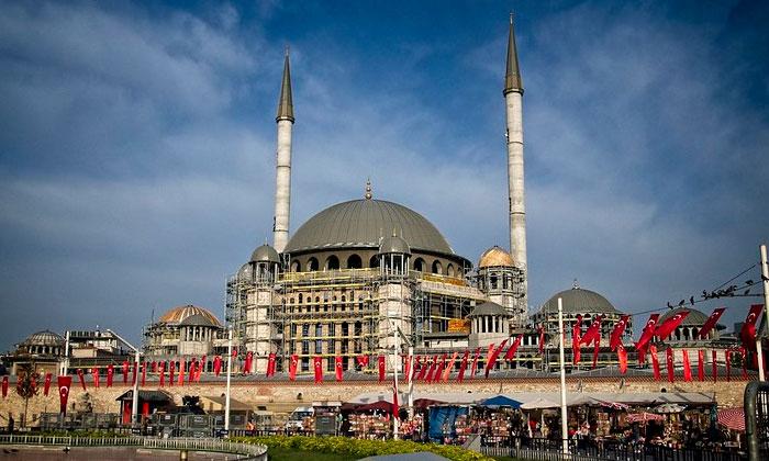 Мечеть Таксим в Стамбуле