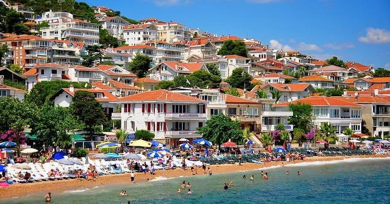 Остров Кыналыада в Турции