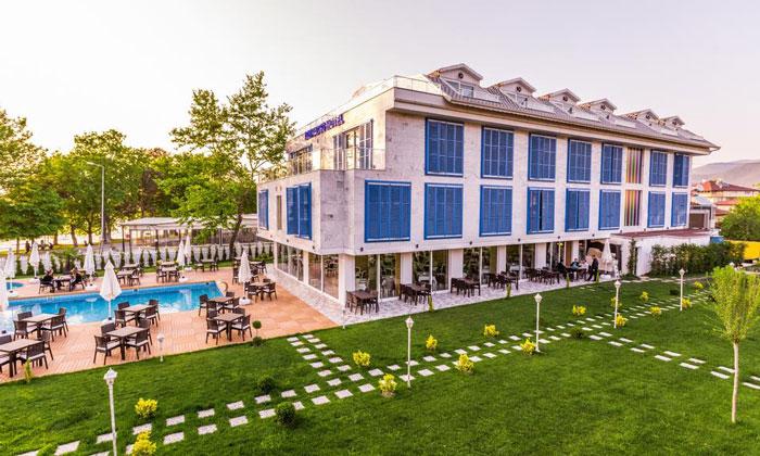 Отель «Limnades» в Изнике