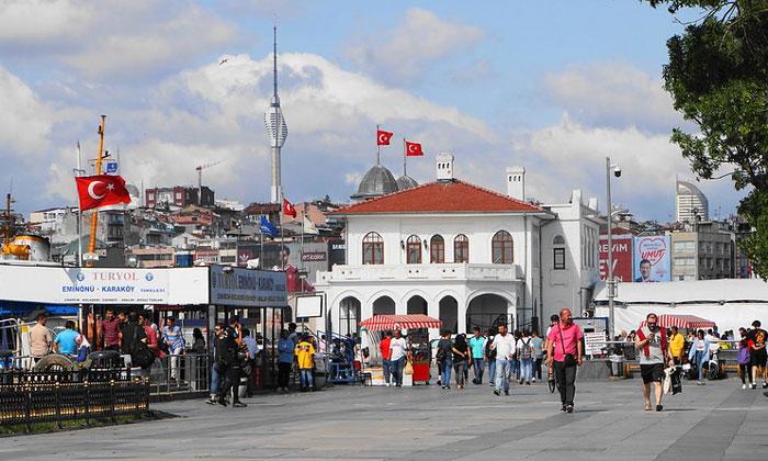 Пирс Кадыкёй в Стамбуле