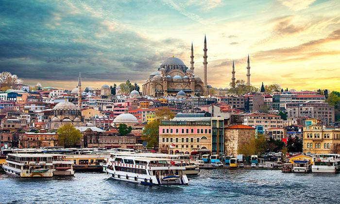 Панорама района Султанахмет в Стамбуле