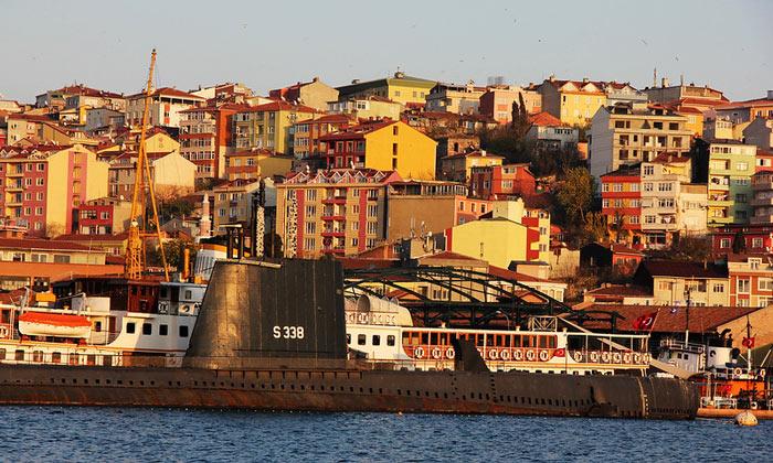 Район Хаскёй (подводная лодка «Ulucalireis») в Стамбуле
