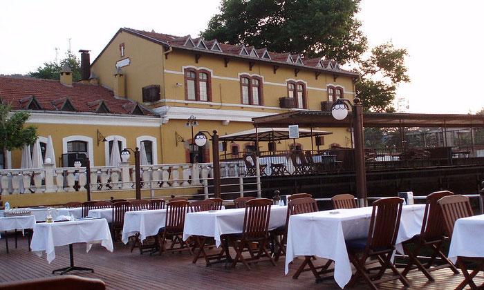 Ресторан на пристани Бурсы