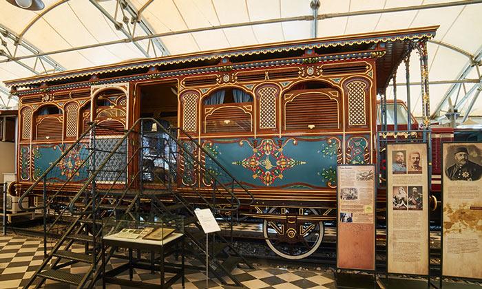 Султанский вагон музея Рахми Коча в Стамбуле