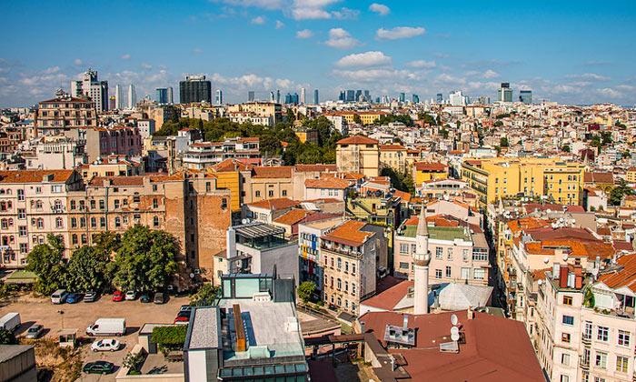Вид Каракёя с Галатской башни Стамбула