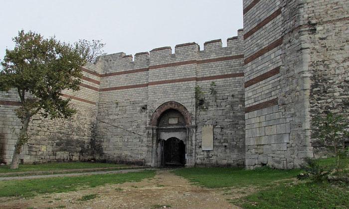 Ворота Эдирнекапы Константинополя