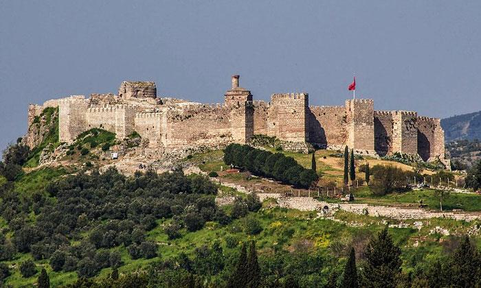Крепость Айясолук в Сельчуке